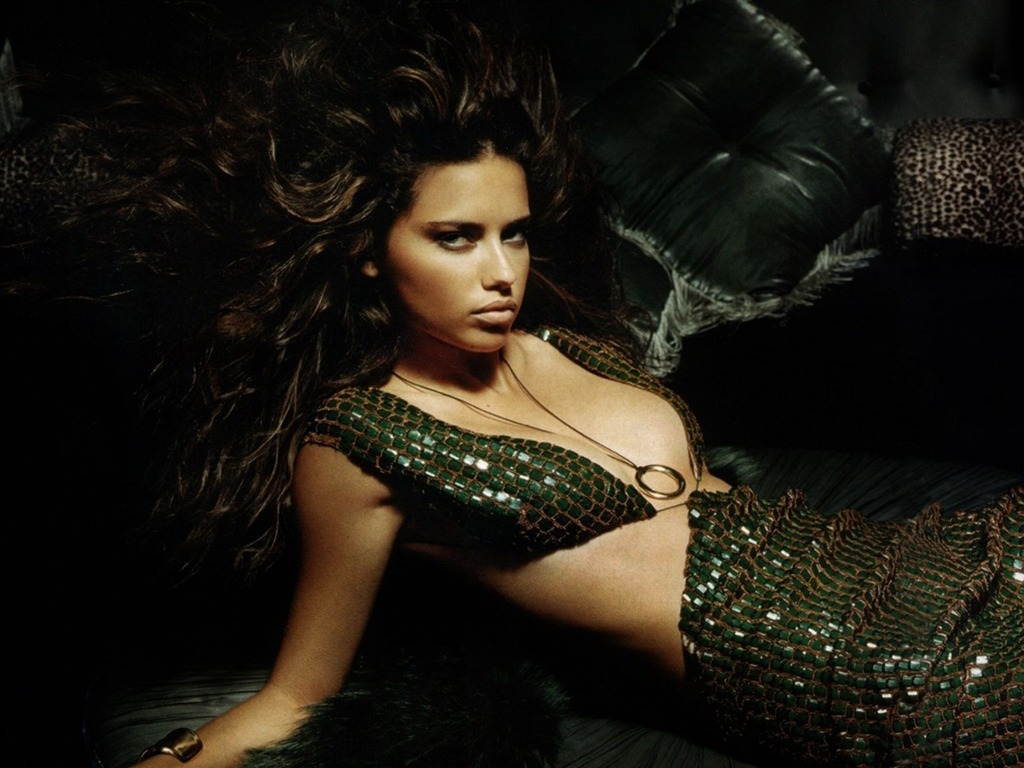Adriana Lima #026 - 1024x768 Wallpapers Pictures Photos Images