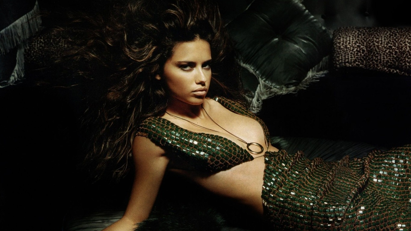 Adriana Lima #026 - 1366x768 Wallpapers Pictures Photos Images