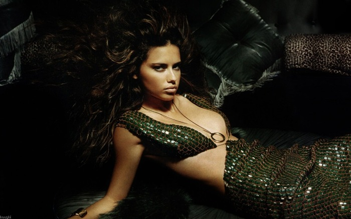 Adriana Lima #026 Wallpapers Pictures Photos Images Backgrounds