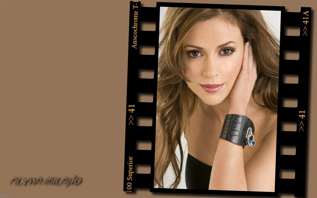 Alyssa Milano #045 - 1280x800 Wallpapers Pictures Photos Images