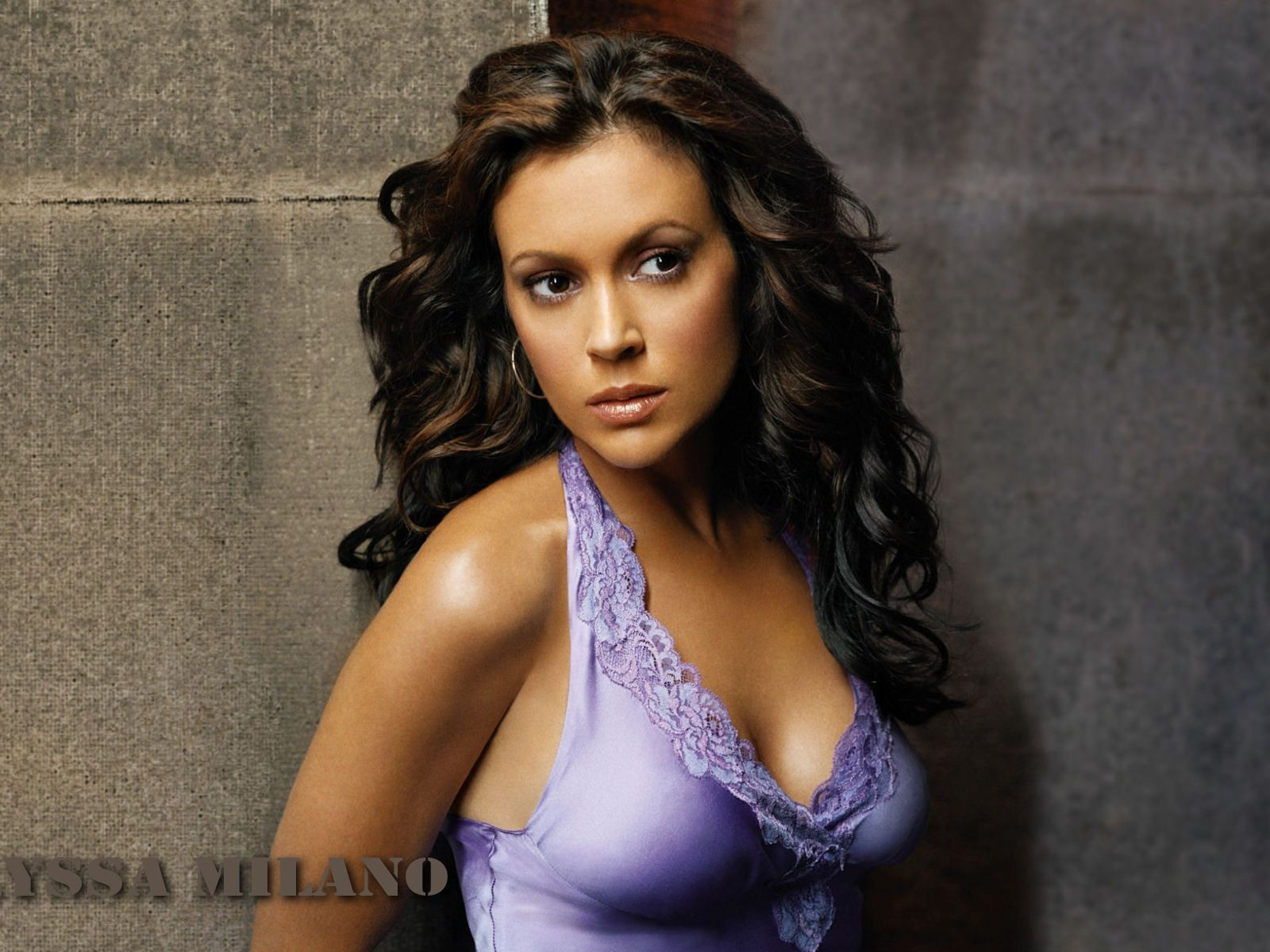 Alyssa Milano #030 - 1600x1200 Wallpapers Pictures Photos Images