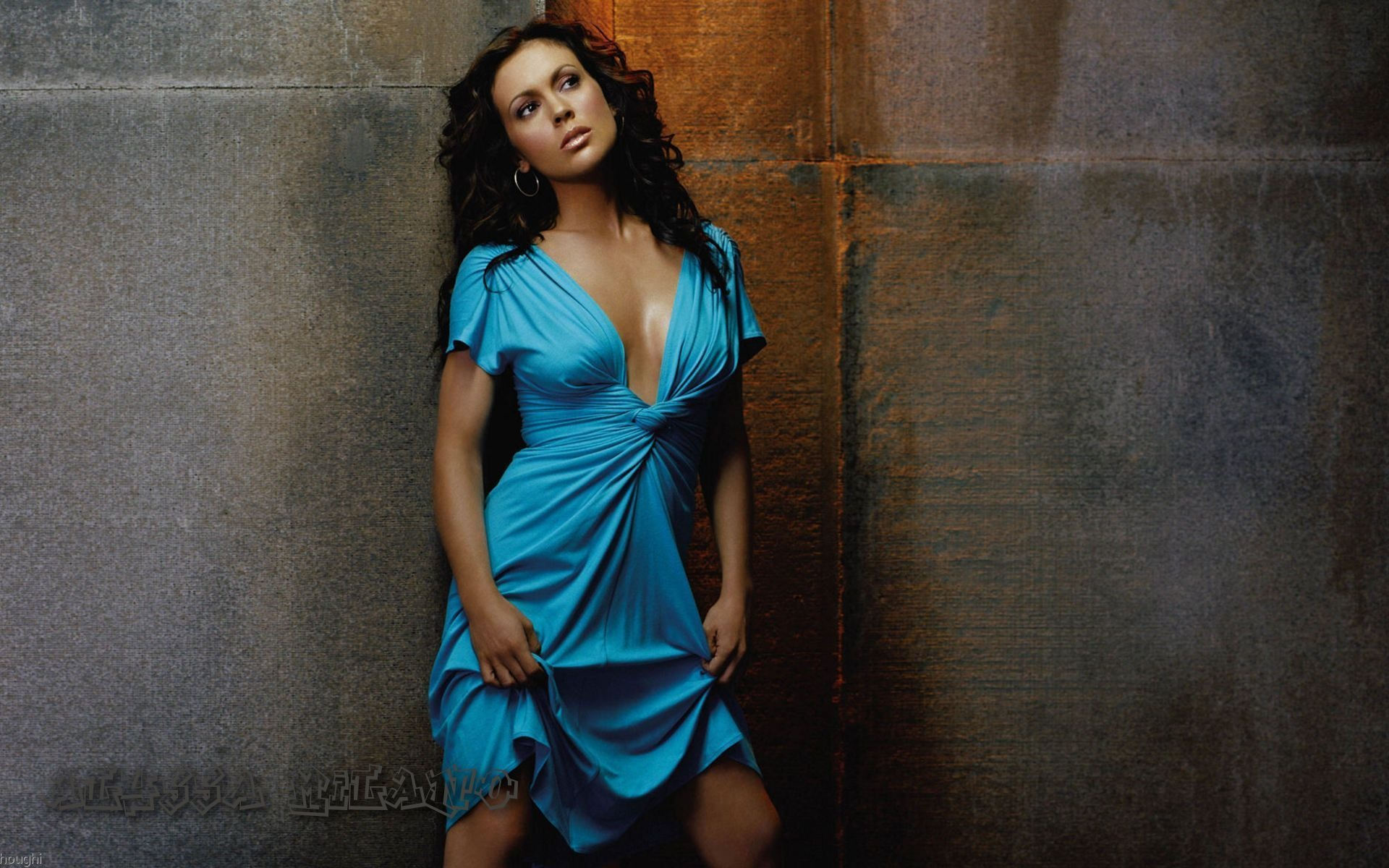 Alyssa Milano #048 - 1920x1200 Wallpapers Pictures Photos Images