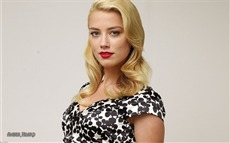 Amber Heard #007 Wallpapers Pictures Photos Images