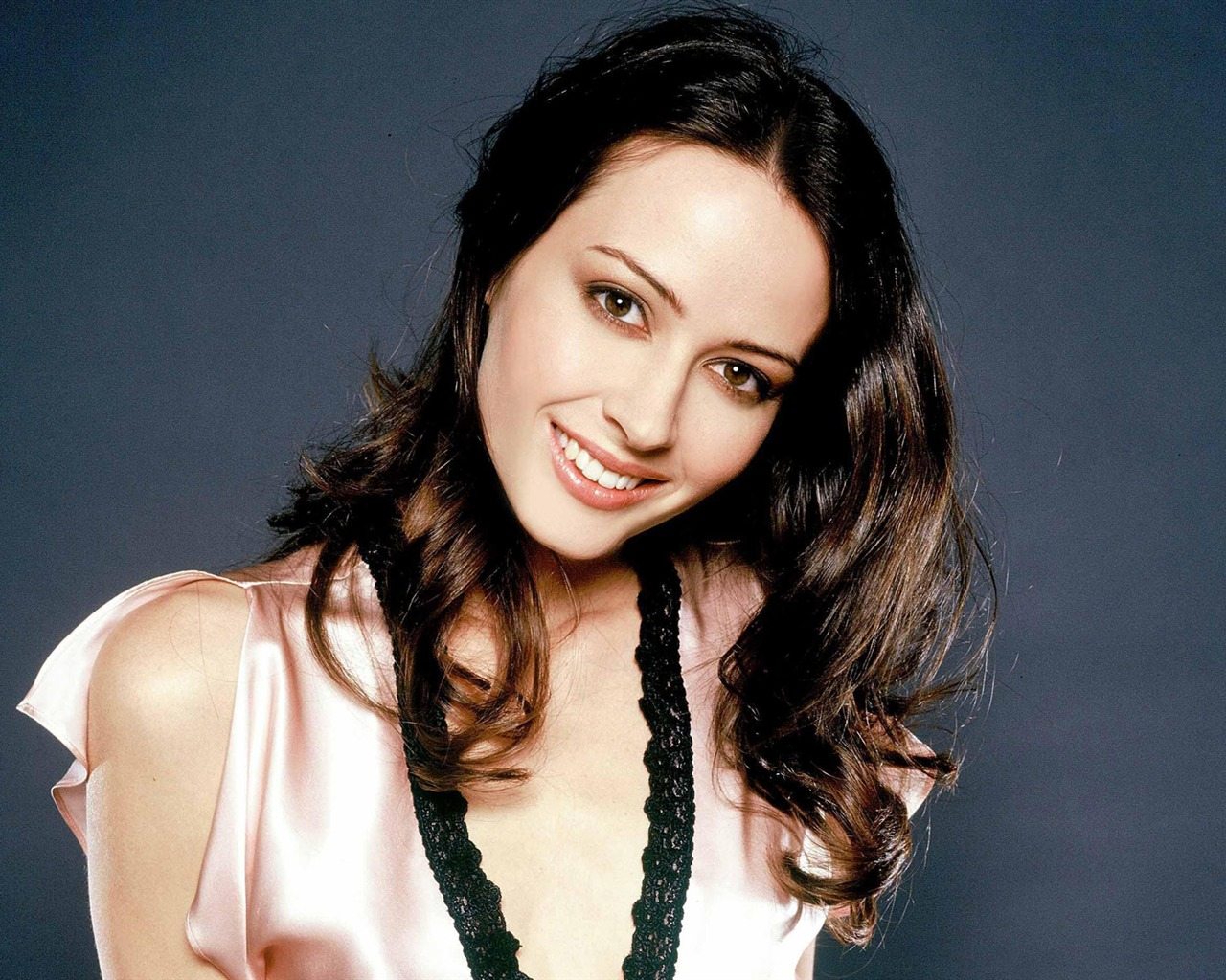 Amy Acker #016 - 1280x1024 Wallpapers Pictures Photos Images