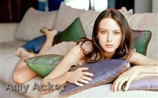 Amy Acker #001 Wallpapers Pictures Photos Images