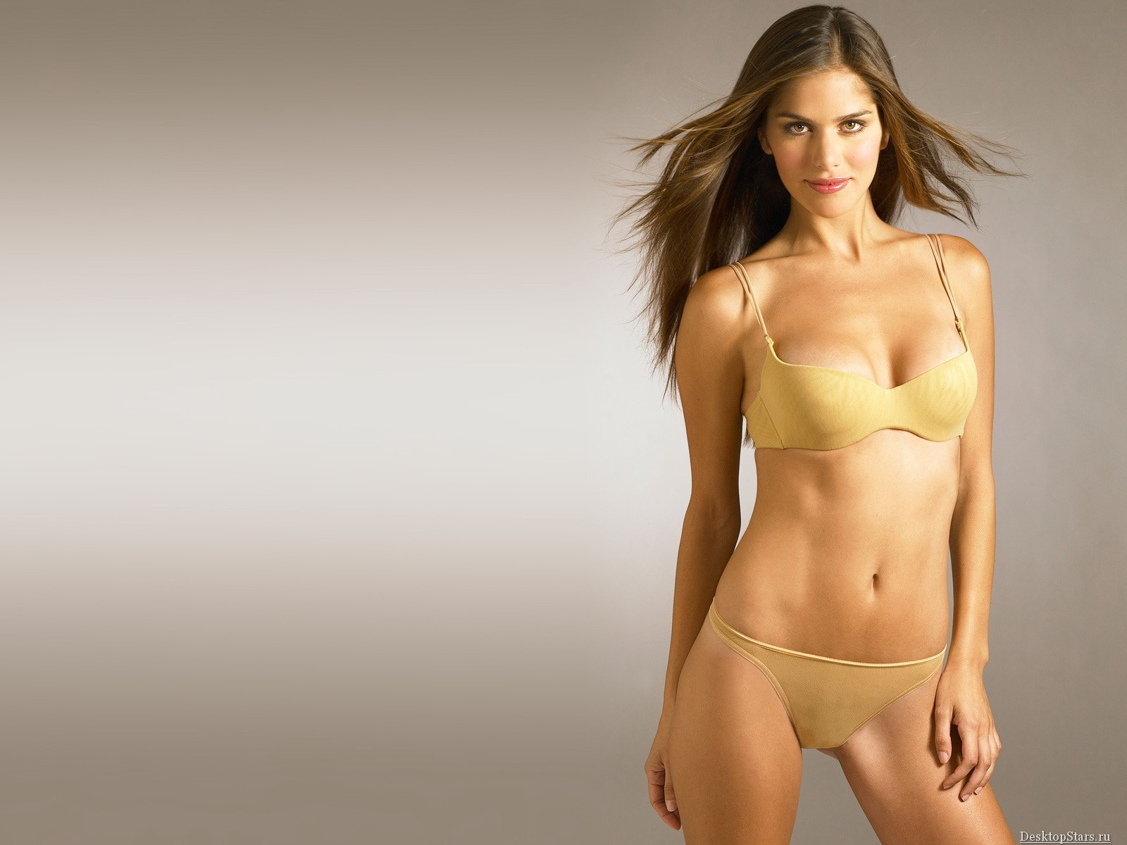Anahi Gonzales #037 - 1600x1200 Wallpapers Pictures Photos Images