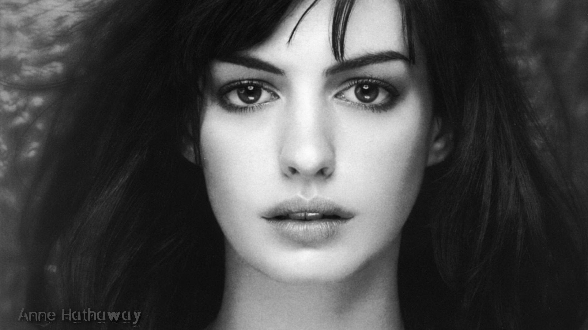 Anne Hathaway Wallpaper 1920x1080