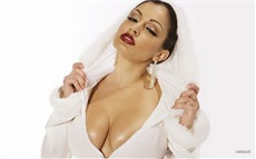 Aria Giovanni #004 Wallpapers Pictures Photos Images