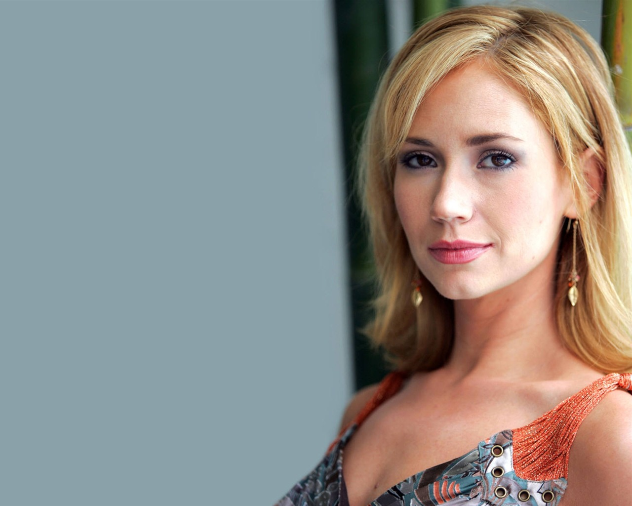 Ashley Jones #008 - 1280x1024 Wallpapers Pictures Photos Images
