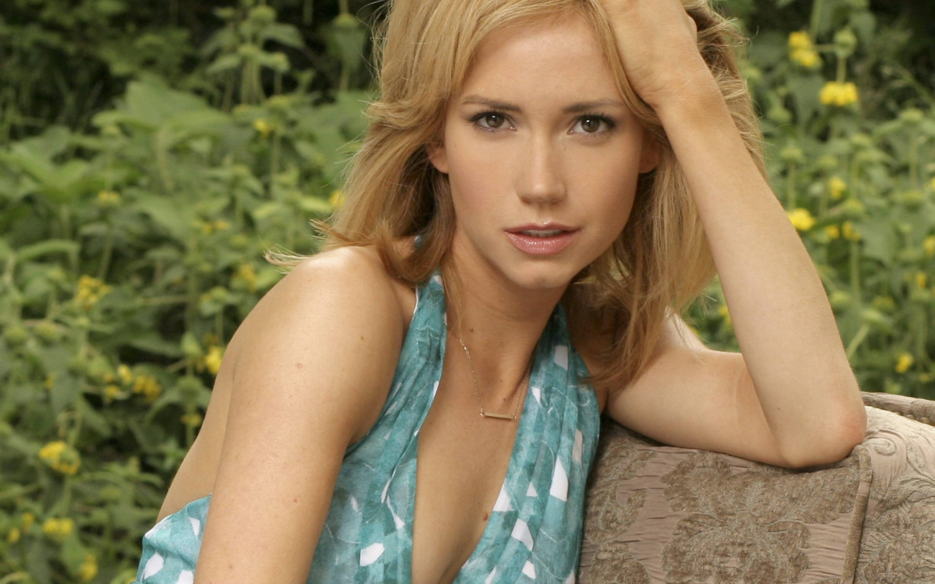 Ashley Jones #006 - 1920x1200 Wallpapers Pictures Photos Images