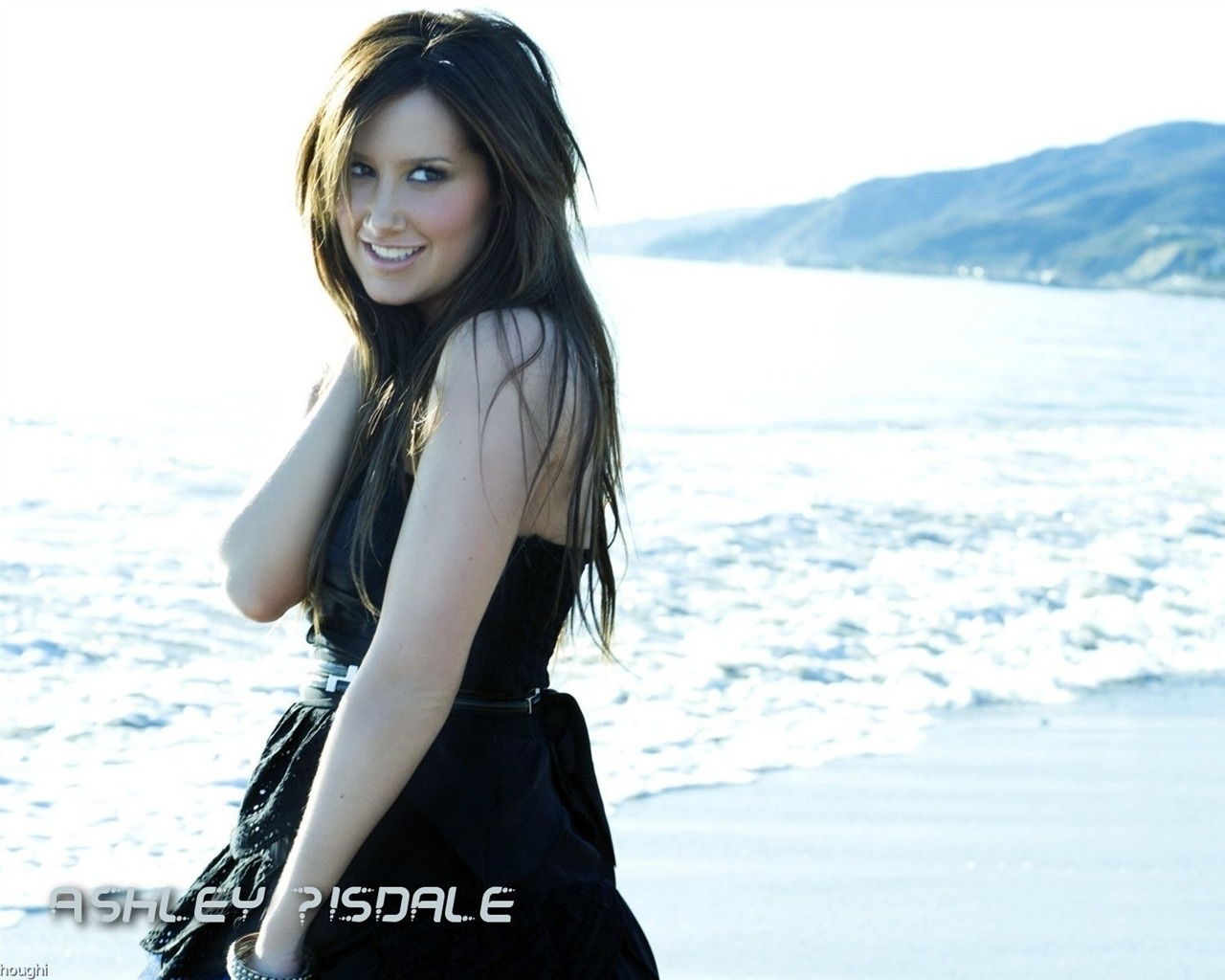 Ashley Tisdale #027 - 1280x1024 Wallpapers Pictures Photos Images