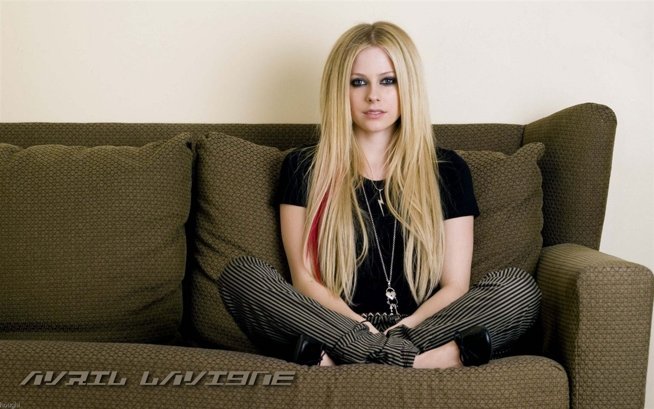 Avril Lavigne #070 - 1280x800 Wallpapers Pictures Photos Images