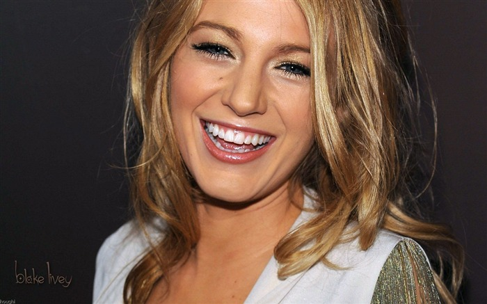 Blake Lively #010 Wallpapers Pictures Photos Images Backgrounds