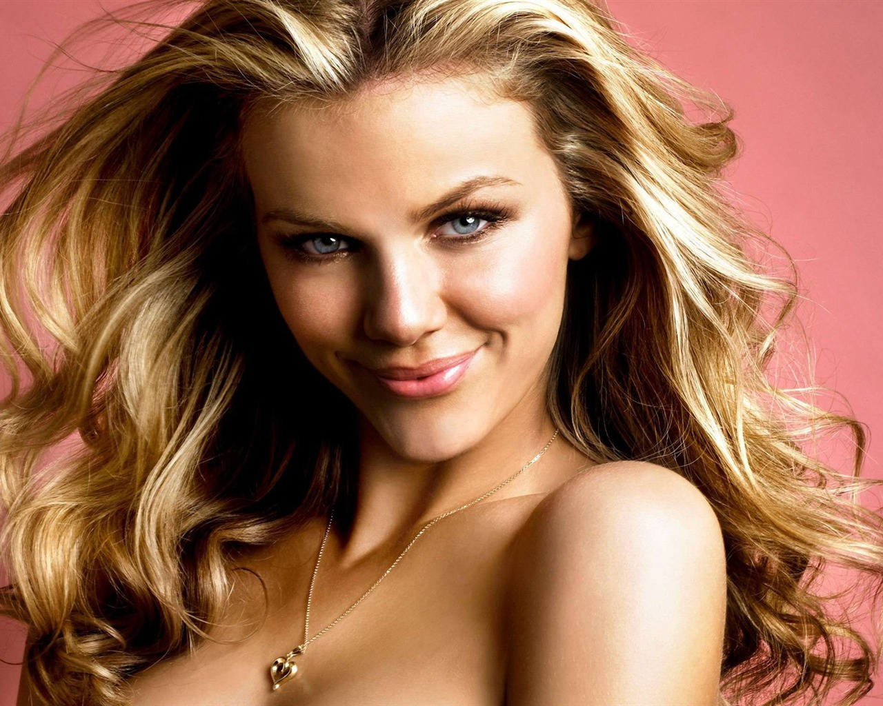 Brooklyn Decker #007 - 1280x1024 Wallpapers Pictures Photos Images