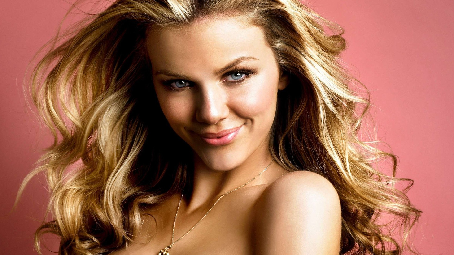 Brooklyn Decker #007 - 1920x1080 Wallpapers Pictures Photos Images