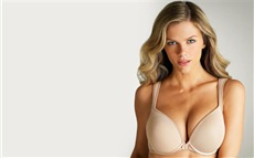 Brooklyn Decker #009 Wallpapers Pictures Photos Images