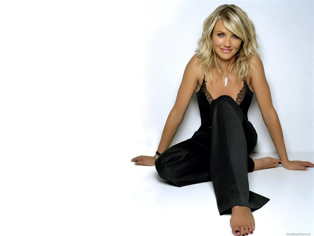 wallpaper you are here home cameron diaz wallpapers wallpaper download