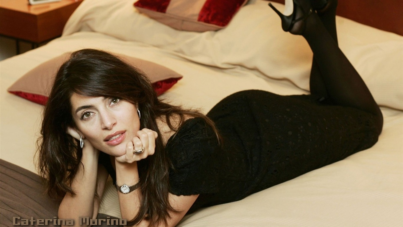 Caterina Murino #013 - 1366x768 Wallpapers Pictures Photos Images