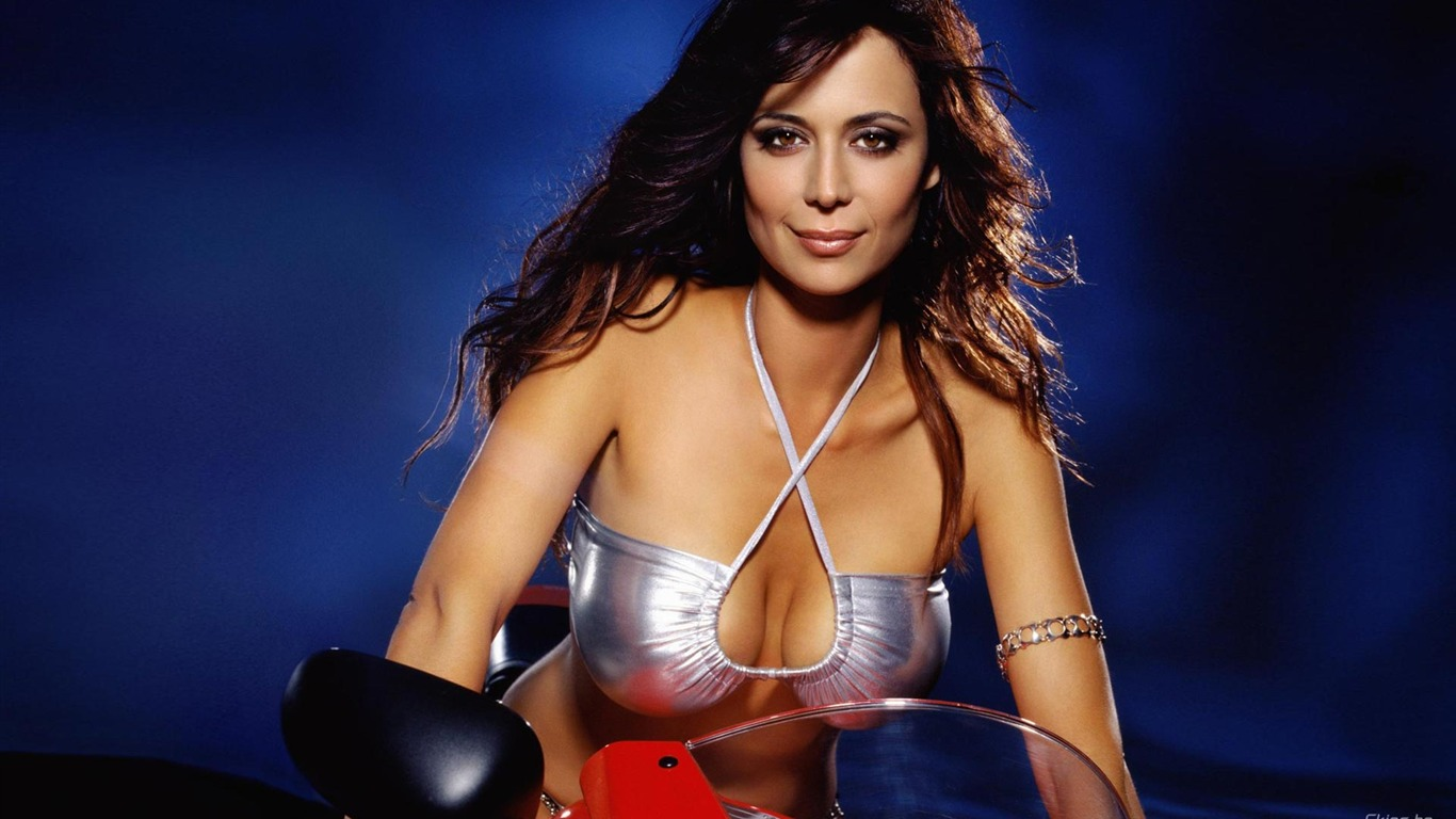 Catherine Bell #021 - 1366x768 Wallpapers Pictures Photos Images