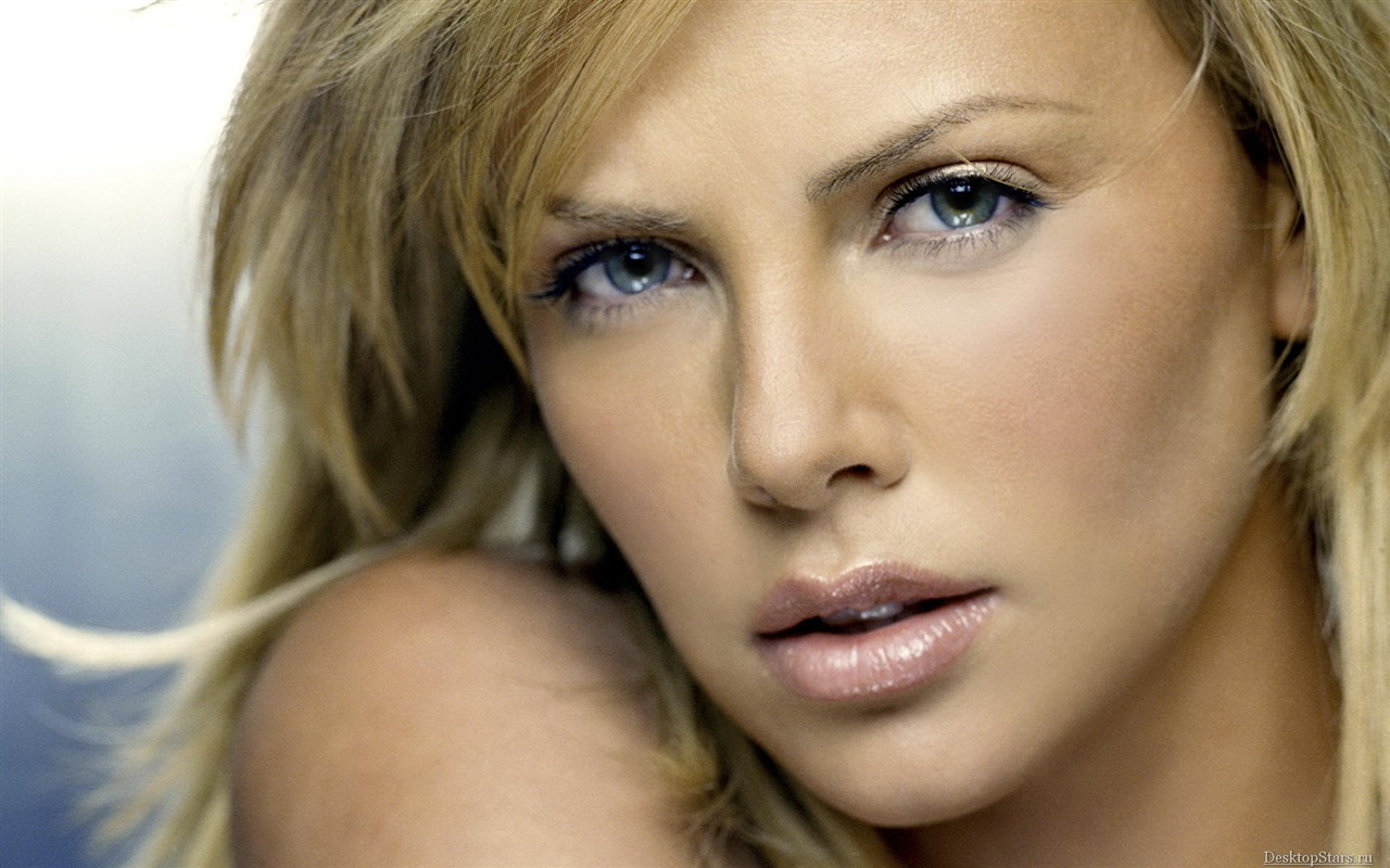 Charlize Theron #029 - 1280x800 Wallpapers Pictures Photos Images