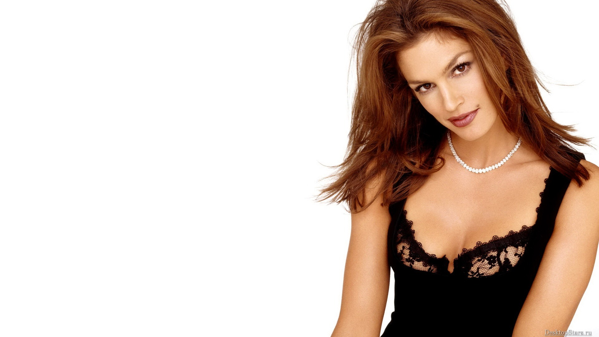 Who is cindy crawford dating 10