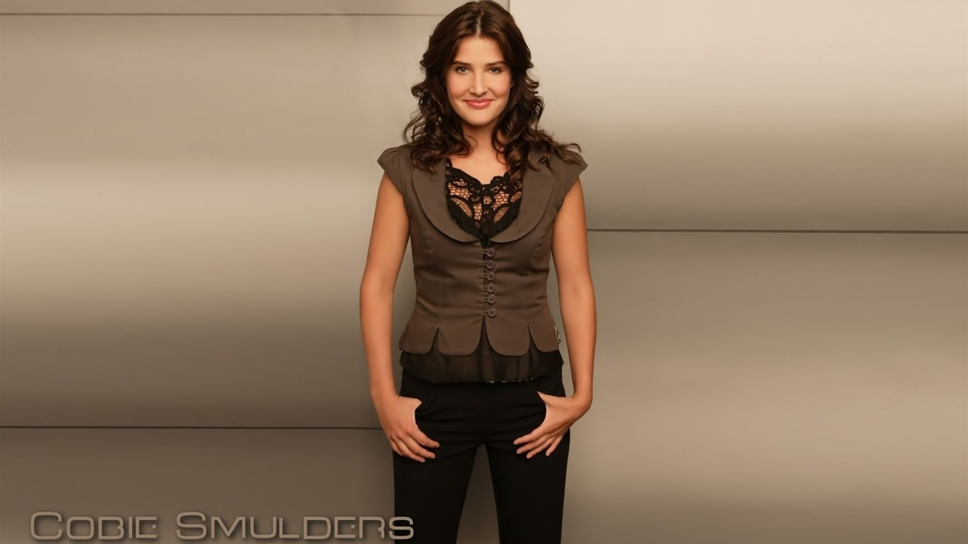 Cobie Smulders #008 - 1366x768 Wallpapers Pictures Photos Images