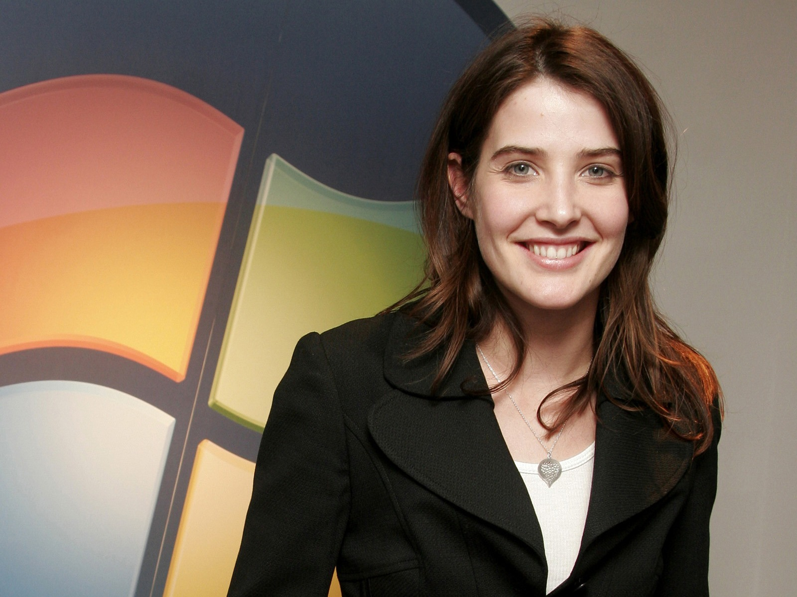 Cobie Smulders #009 - 1600x1200 Wallpapers Pictures Photos Images