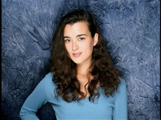 Cote de Pablo #005 Wallpapers Pictures Photos Images
