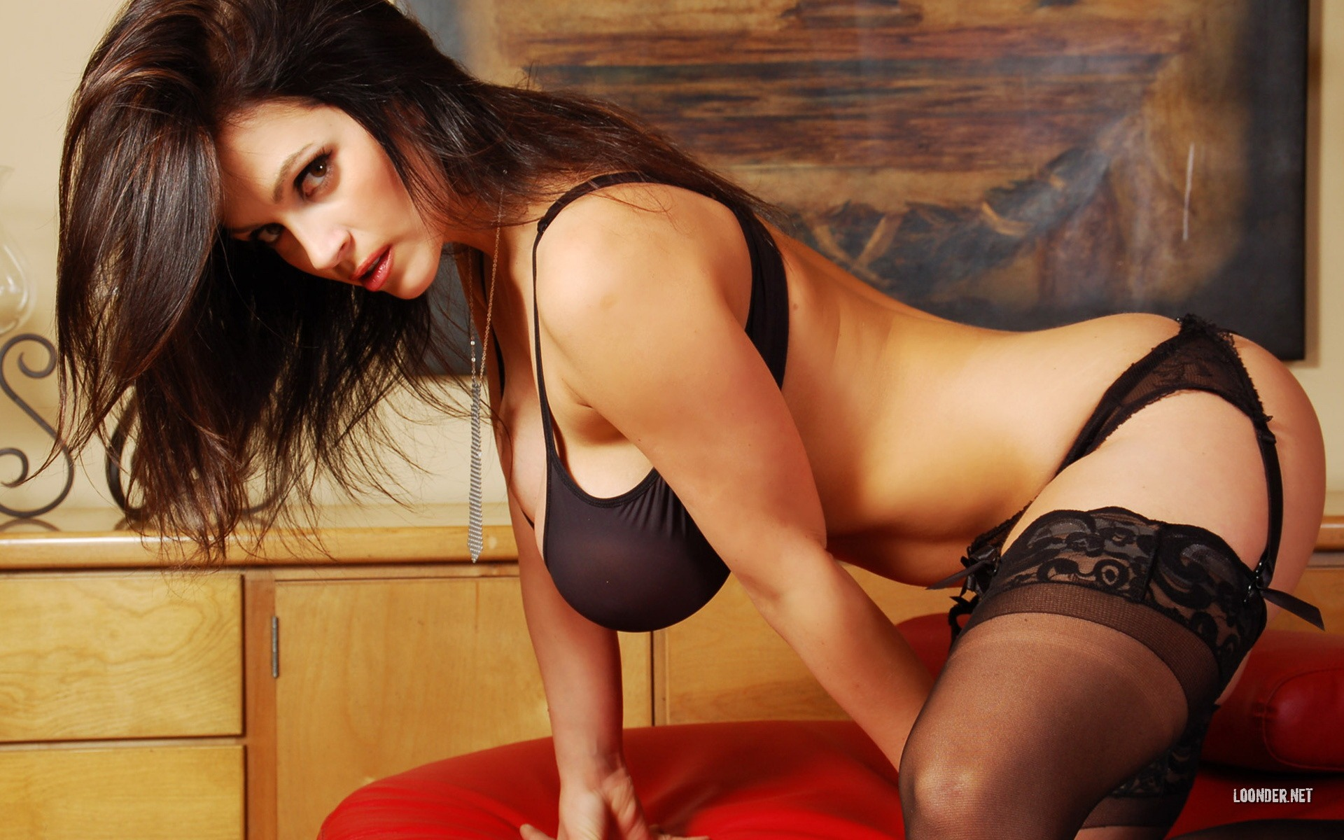 denise milani 038 1920x1200 wallpaper download