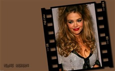 Denise Richards #006 Wallpapers Pictures Photos Images