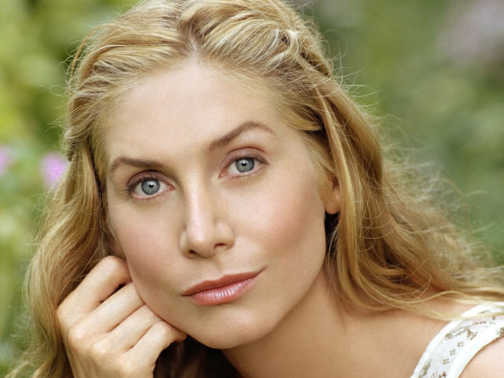 Elizabeth Mitchell #014 - 1024x768 Wallpapers Pictures Photos Images