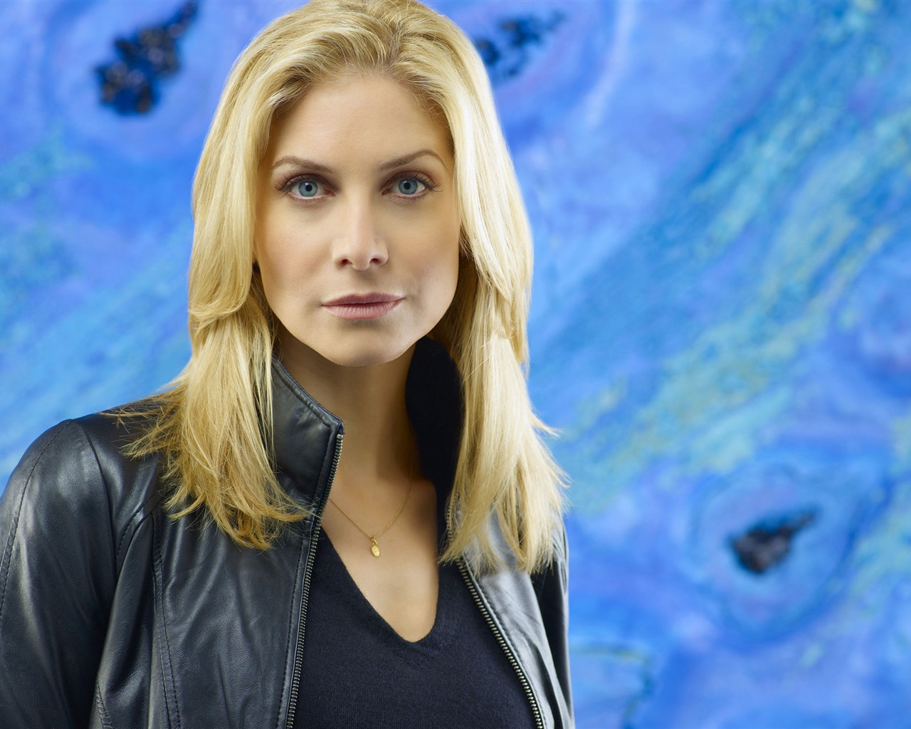 Elizabeth Mitchell #015 - 1280x1024 Wallpapers Pictures Photos Images