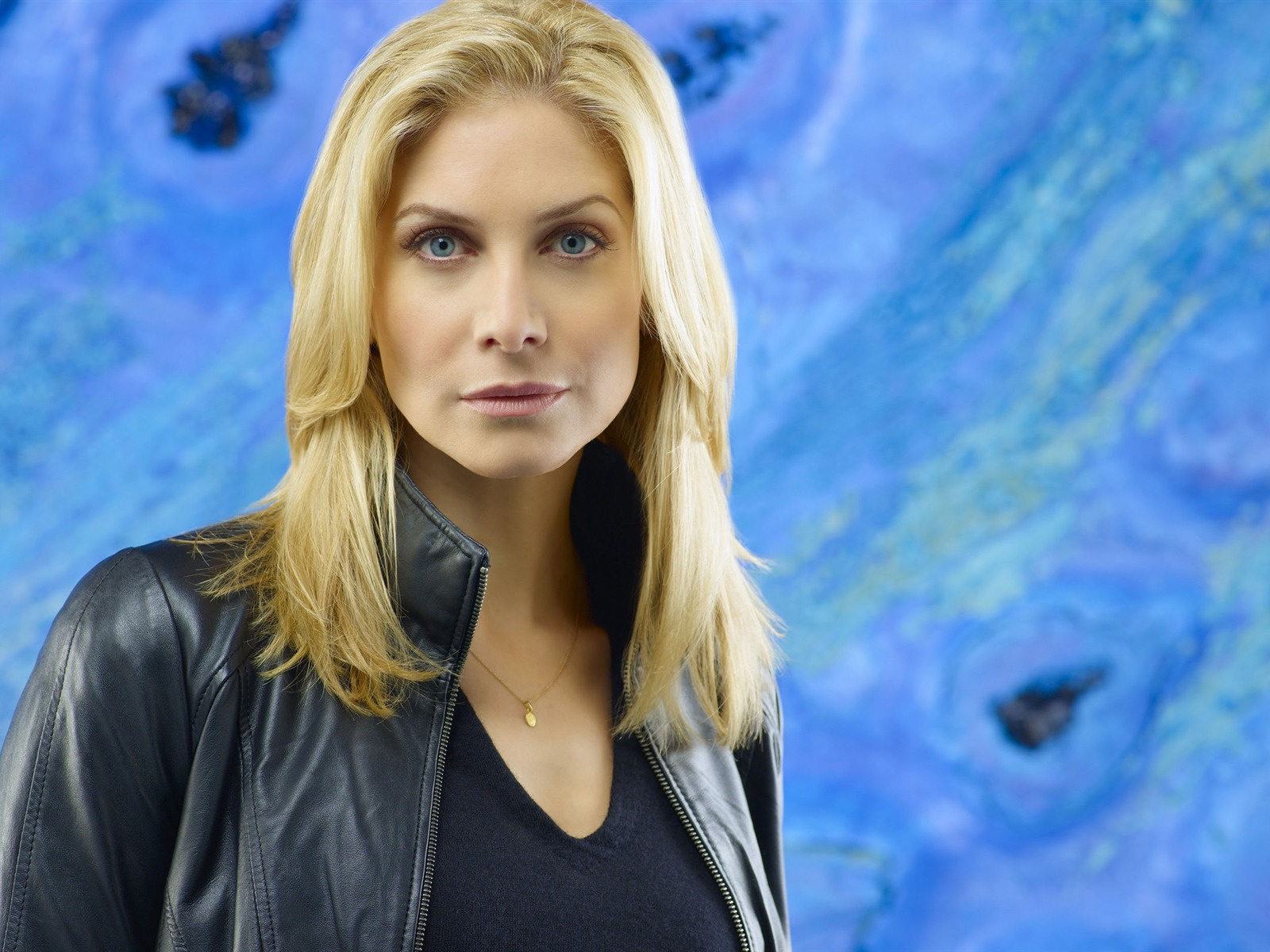 Elizabeth Mitchell #015 - 1600x1200 Wallpapers Pictures Photos Images