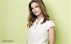 Emily VanCamp #004 Wallpapers Pictures Photos Images