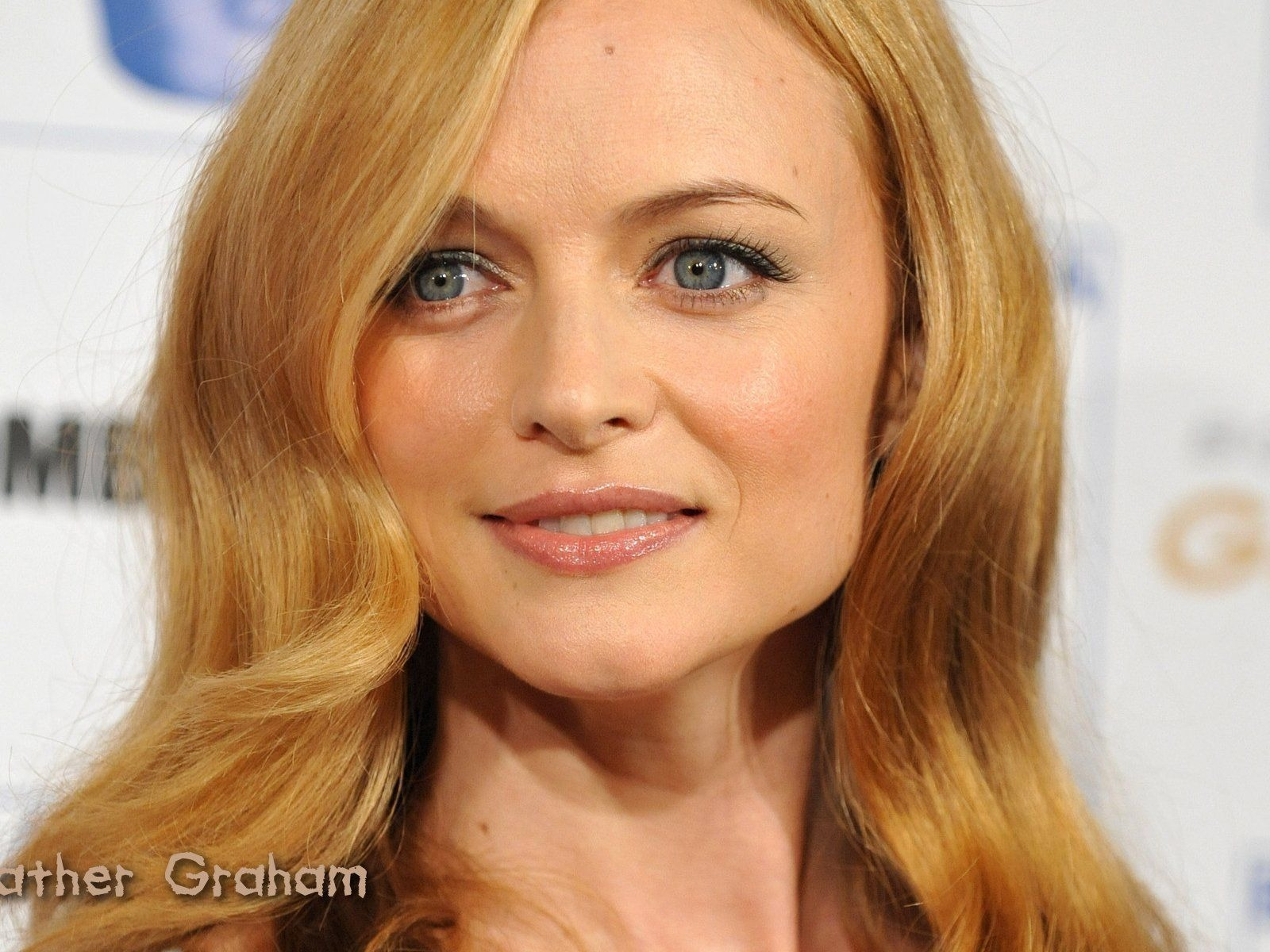 Heather Graham #003 - 1600x1200 Wallpapers Pictures Photos Images