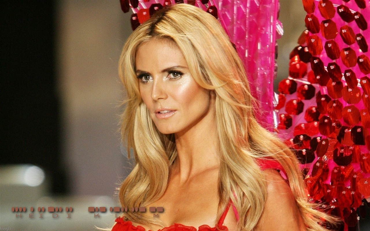 Heidi Klum #052 - 1280x800 Wallpapers Pictures Photos Images