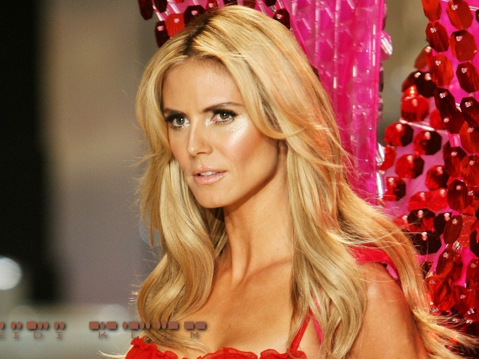 Heidi Klum #052 - 1600x1200 Wallpapers Pictures Photos Images