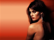 Isabeli Fontana #004 Wallpapers Pictures Photos Images