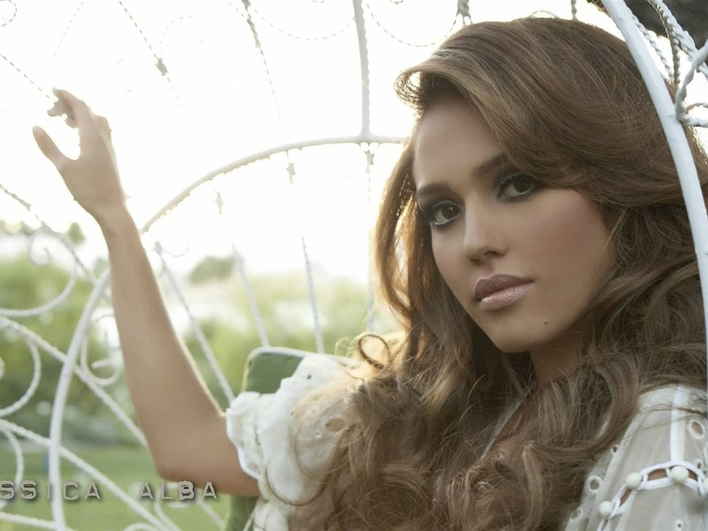 Jessica Alba #020 - 1024x768 Wallpapers Pictures Photos Images