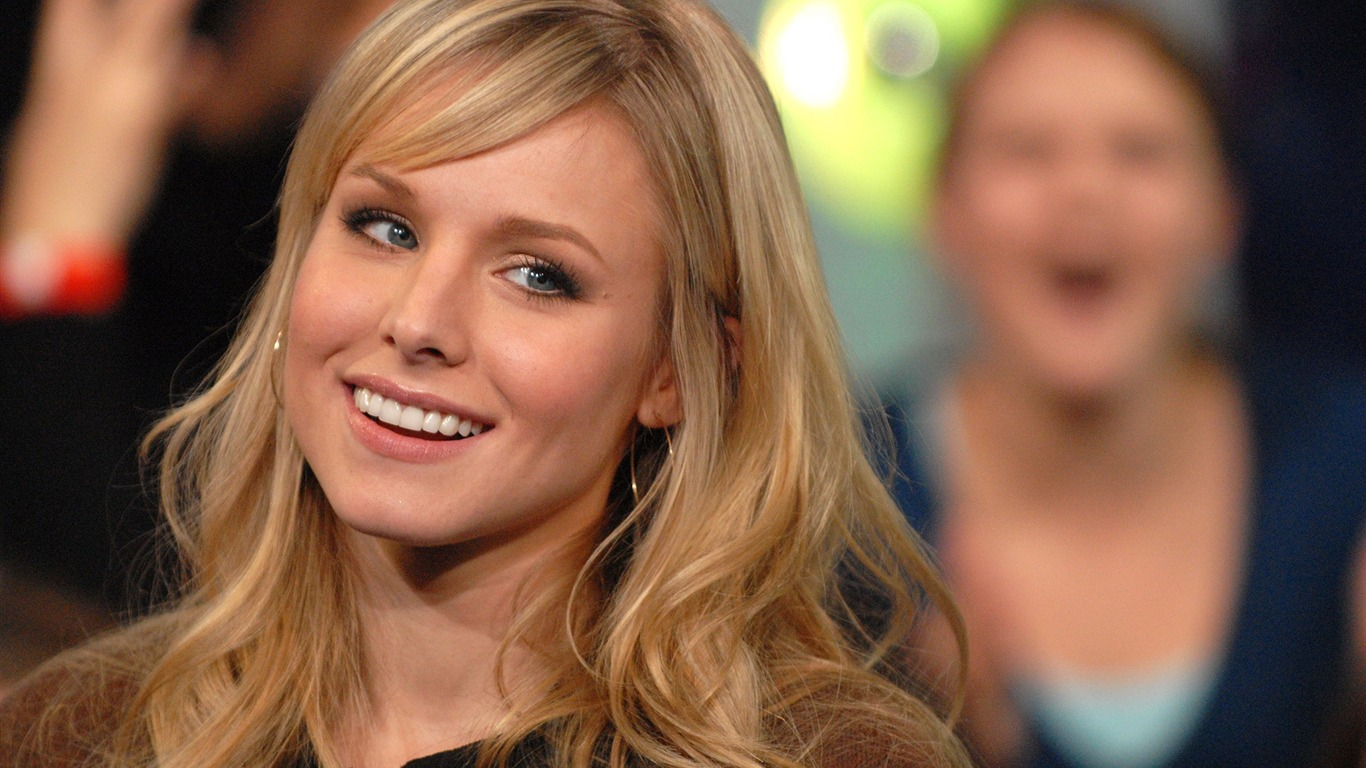 Kristen Bell #028 - 1366x768 Wallpapers Pictures Photos Images