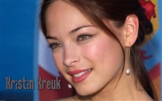 Kristin Kreuk Wallpapers Pictures Photos Images