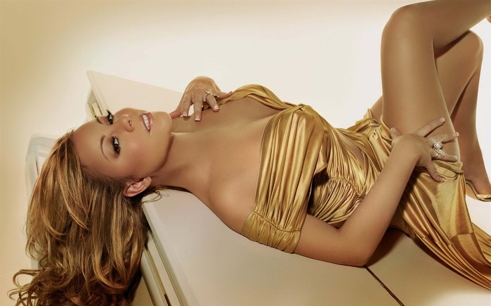 Mariah Carey #036 - 1680x1050 Wallpapers Pictures Photos Images