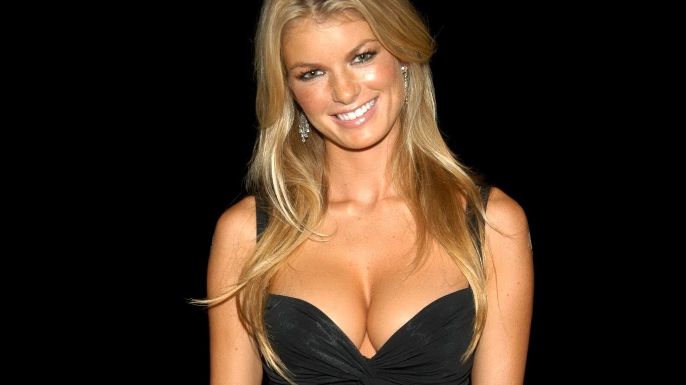 Marisa Miller #011 - 1366x768 Wallpapers Pictures Photos Images