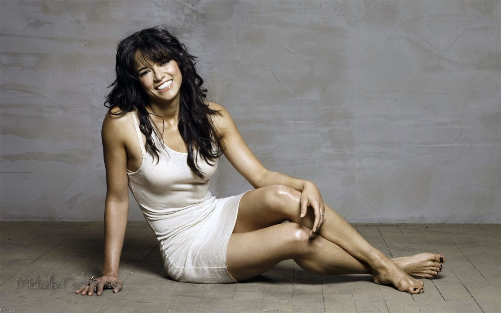 Michelle Rodriguez #002 - 1680x1050 Wallpapers Pictures Photos Images