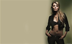 Mischa Barton #010 Wallpapers Pictures Photos Images