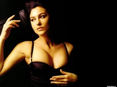 Monica Bellucci Wallpapers Pictures Photos Images