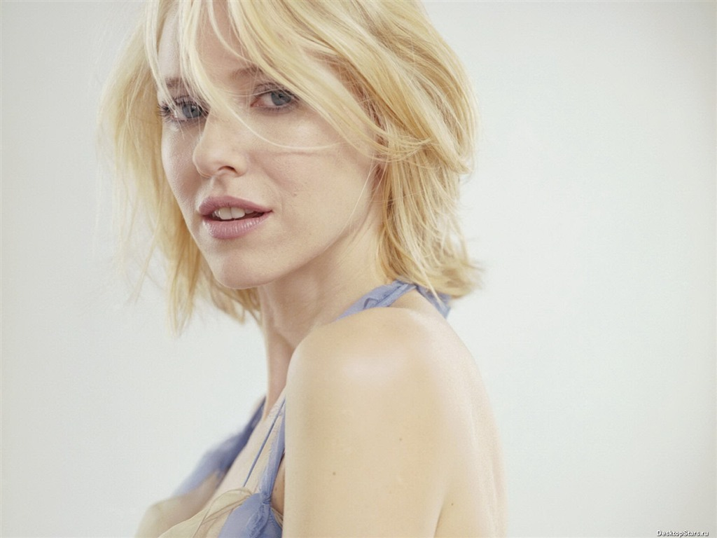 Naomi Watts #036 - 1024x768 Wallpapers Pictures Photos Images