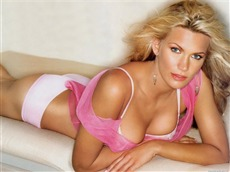 Natasha Henstridge Wallpapers Pictures Photos Images