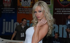 Nikki Benz #010 Wallpapers Pictures Photos Images