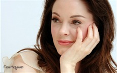 Rose McGowan Wallpapers Pictures Photos Images